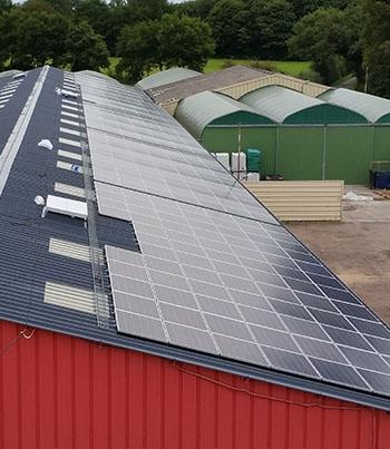 Bâtiment agricole et hangar photovoltaïque- Green EnR